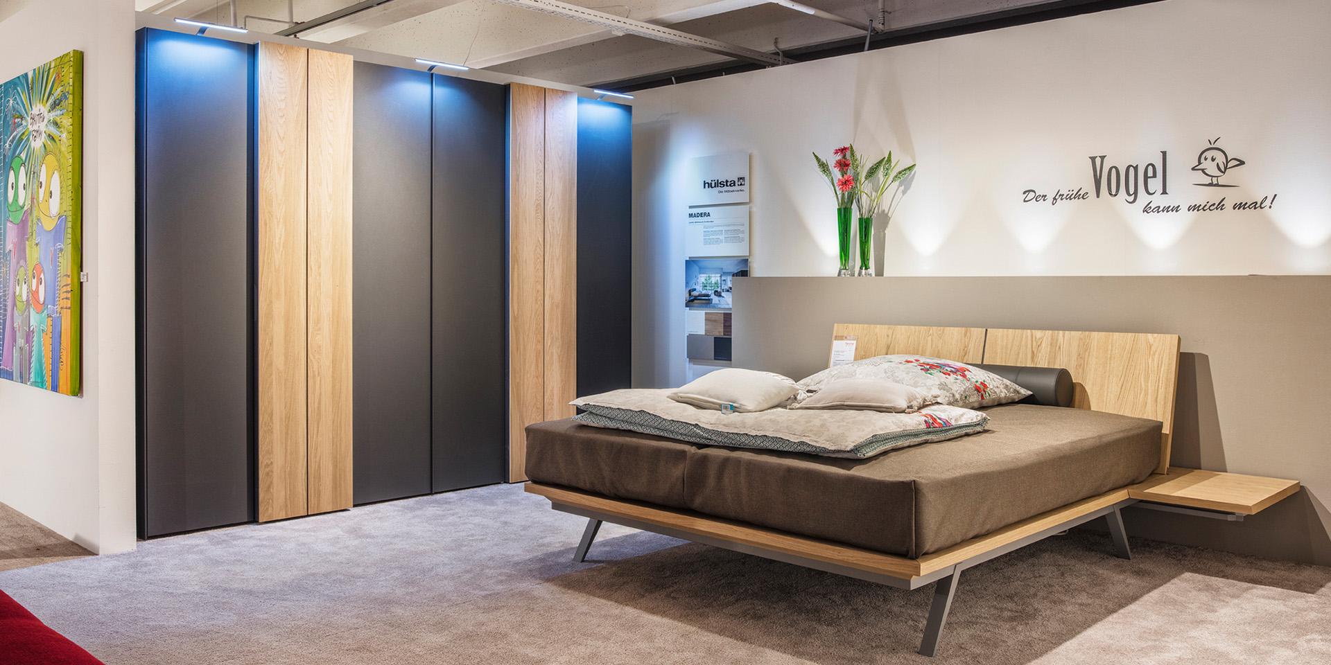 schlafzimmer betten kleiderschr nke fenchel wohnfaszination gmbh. Black Bedroom Furniture Sets. Home Design Ideas